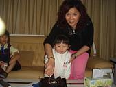 子喻三歲生日:DSC7.JPG