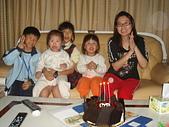 子喻三歲生日:DSC3.JPG