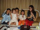 子喻三歲生日:DSC5.JPG