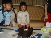 子喻三歲生日:DSC6.JPG