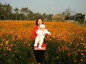 2011年Dora的人生第一個春節:0204Dora 外婆特寫.jpg