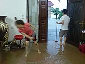 2009年8月9日   88水災 中午到3點 開始清理家園 :DSC06636.JPG