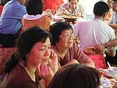 2010年9月26日 歡慶陳宥睿 滿月酒席:第五桌 鶴齡的外婆.JPG