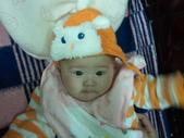 2011年Dora的人生第一個春節:0122Dora 抿嘴.jpg