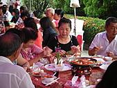 2010年9月26日 歡慶陳宥睿 滿月酒席:第四桌 鳳琳的奶奶.JPG