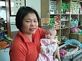1120到1220 Dora第三個月生活照:1208Dora&老媽 近拍合照.jpg