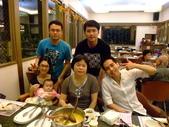 2011年0220到0420(Dora第五到7個月生活點滴:0416Dora 全家福1.JPG