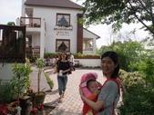 2011年04月22日 台中彩虹眷村+心之芳庭:台中心之芳庭 Dora 14.JPG