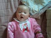 2011年0220到0420(Dora第五到7個月生活點滴:0324Dora 打哈欠.jpg