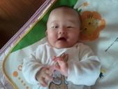 2011年0220到0420(Dora第五到7個月生活點滴:0325Dora 笑.jpg