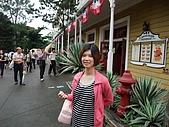 2010年06月15日 六福村:2010年06月15日 六福村48 涼爽.JPG