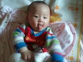 2011年0220到0420(Dora第五到7個月生活點滴:0329Dora 吐舌頭.jpg