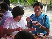 2010年9月26日 歡慶陳宥睿 滿月酒席:第八桌 讚揚伯父 賢伉儷.jpg