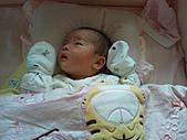2010.10.01~10月14日 Dora 24天前點滴:10月09日 Dora逐漸清醒.jpg
