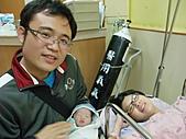 2010年9月20 虎妞妞誕生記:14點 全家福.jpg