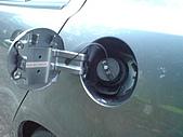 2009.10.01 結婚的第一部車 - Fortis:21- 油箱蓋.JPG