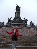 德瑞雙峰雙堡10日遊(2/19-2/20):20呂德斯海姆的勝利女神像 (2).JPG