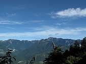 20090725北二段:06_雪山稜線.JPG