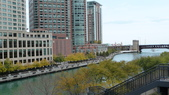 October - Chicago:Chicago River