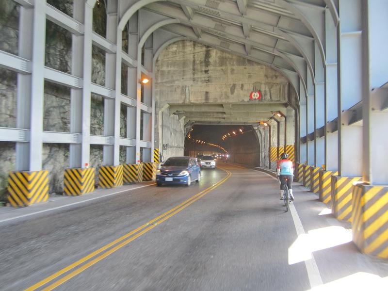 16-#13號隧道.JPG - 蘇花公路單車行(上)
