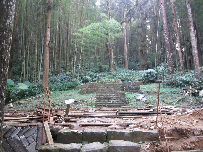 4-神社遺址.JPG - 奮起湖環騎(二)