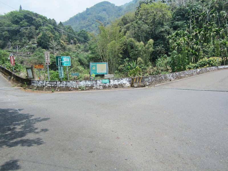 22-瑞光產業道路.JPG - 奮起湖環騎