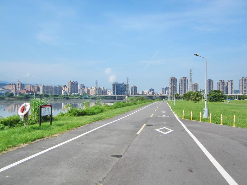 9-前進華中橋.JPG - 河濱小海馬