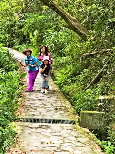 2 - 宜蘭小覓秘~猴洞坑瀑布