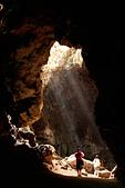 """泰國:神奇又神秘的洞穴""""拷龍穴""""(THAM KHAO LUANG)"""