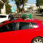 Mazda車系安裝範例:Mazda 3車頂架(Whispbar Flushbar)+黑鐵盤(Yakima Loadwarrior 7070).