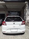 Suzuki車系安裝範例:Suzuki Baleno黑色板版本車頂架(Whispbar Flushbar)+黑鐵行李盤(Yakima Loadwarrior).