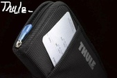 露營裝備:Thule Crossover Travel Wallet 旅行證件包