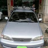 Toyota車系安裝範例:Toyota Premio車頂架(Thule 754)+車頂快拆攜車架*3台份(Thule 561).