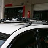 Subaru車系安裝範例:Subaru Forester車頂架(Thule 9582)+車頂快拆攜車架(Thule 561)+車頂攜車架(Thule 598).