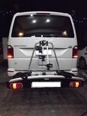 Volkswagen車系安裝範例:VW California Ocean拖車示攜車架*4台份(Thule G6)+折疊示後掛行李箱(Thule).