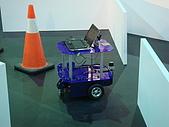 本實驗室參加新光保全智慧型保全機器人競賽榮獲佳作:_DSC03924.JPG