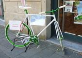 2011年10月義大利16日遊:可愛又方便的腳踏車4.JPG