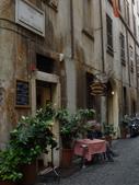 2011年10月義大利16日遊:好想坐下的餐聽 (8).JPG