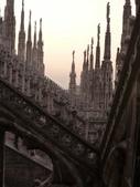 2011年10月義大利16日遊:米蘭-米蘭大教堂 -登頂 (1).JPG