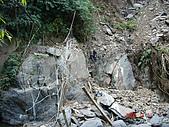 霞喀羅古道:小吊橋毀了