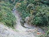 霞喀羅古道:由高處看谷底