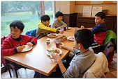 104學年上學期:3~6年級期末聚餐(必勝客)_7905.jpg