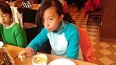 104學年上學期:3~6年級期末聚餐(必勝客)_5653.jpg