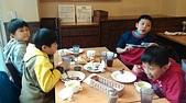 104學年上學期:3~6年級期末聚餐(必勝客)_6455.jpg
