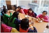 104學年上學期:3~6年級期末聚餐(必勝客)_1646.jpg