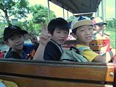 2009年暑假出遊:2009小人國坐小火車承亮、膺嘉、韋
