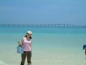 200406麗星郵輪之旅:10這裡的水很乾淨沙很細