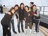 【Ice Skating】:我們四個今天一起來~~我和小冷玩得很開心