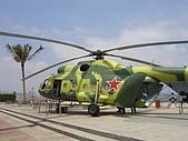深圳明斯克航母世界:Mi-8直升機