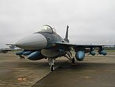 日本自衛隊50週年慶:三菱F-2